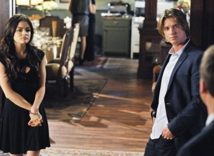 Watch Pretty Little Liars Season 2 Episode 7 Online