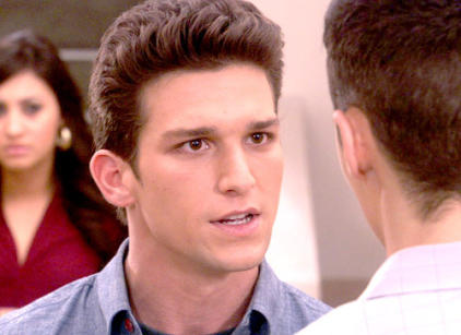 Watch The Secret Life of the American Teenager Season 3 Episode 22 Online