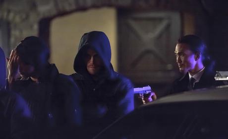 At Gunpoint - Arrow Season 3 Episode 14