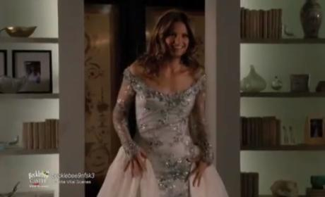 Castle Sneak Peeks: A Dress and A Kiss