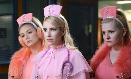 Scream Queens Season 2 Episode 1 Review: Scream Again