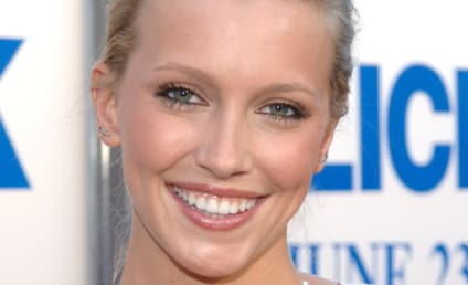 Katie Cassidy Cast on Melrose Place Spin-Off