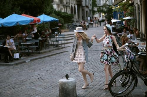 Serena and Blair in Paris