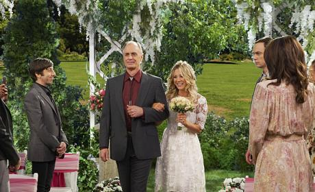 A Walk Down the Aisle - The Big Bang Theory Season 10 Episode 1