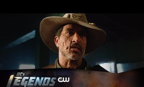 DC's Legends of Tomorrow Look Ahead Promo: This is INSANE!
