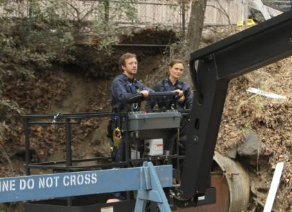 Watch Bones Season 8 Episode 11 Online
