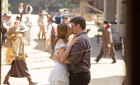 The Happy Couple - Castle Season 7 Episode 7