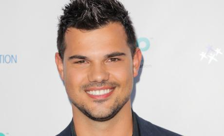 Scream Queens Season 2 Adds Taylor Lautner as Series Regular