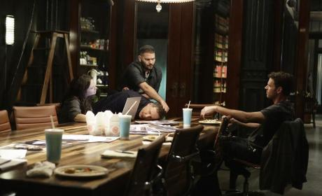 Huck Makes A Point - Scandal Season 4 Episode 11