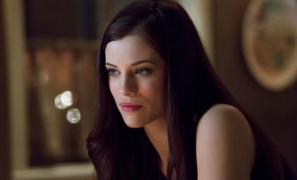 Arrow Interview: Jessica De Gouw Teases Introduction of the Huntress