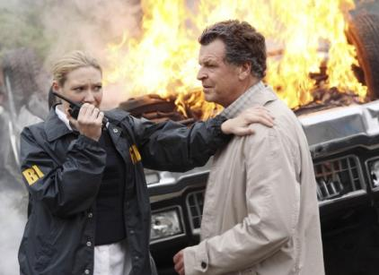 Watch Fringe Season 2 Episode 7 Online
