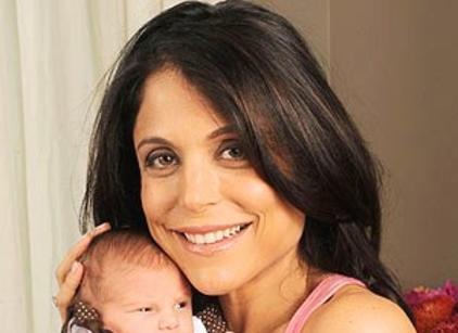 Watch Bethenny Getting Married Season 1 Episode 8 Online