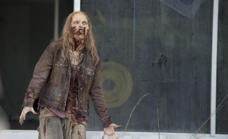The Walking Dead Season Premiere Preview: Trouble in Alexandria?