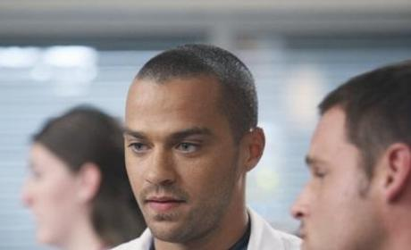 Jesse Williams Previews Grey's Anatomy Romance, Family Drama