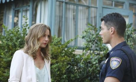 Revenge: Watch Season 4 Episode 2 Online