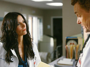 Courteney Cox scrubs