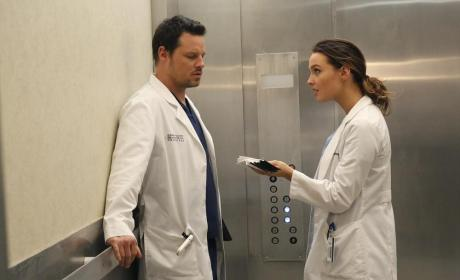 Grey's Anatomy Photo Gallery: Love in an Elevator