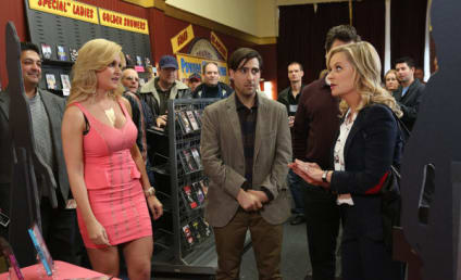 Parks and Recreation Review: Too Big to Nail