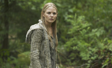 Back in the Enchanted Forest - Once Upon a Time Season 5 Episode 1