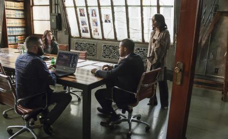 Marcus Miller At OPA - Scandal Season 4 Episode 19