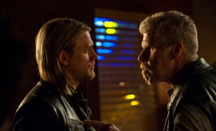 Ding! Ding! Jax to Brawl with Clay on Sons of Anarchy