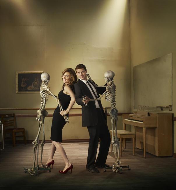 Emily Deschanel and David Boreanaz Promo Pic