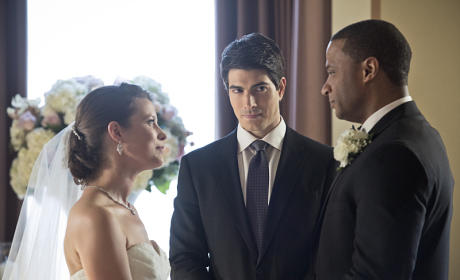 The Bride and Groom...and Ray? - Arrow Season 3 Episode 17