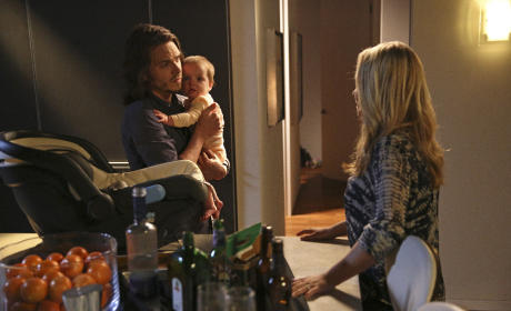 Nashville Photo Preview: Baby in the Middle
