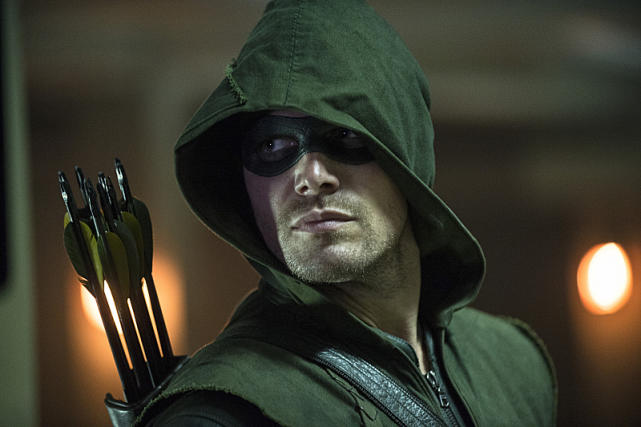 Back to Business - Arrow Season 3 Episode 1