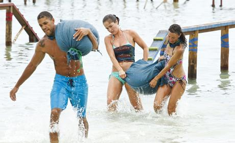 Watch Survivor Online: Season 32 Episode 3