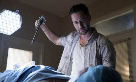 Tom ready to drill - The Blacklist Season 4 Episode 2