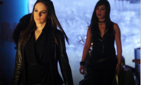 Lost Girl Review: Faepocalypse