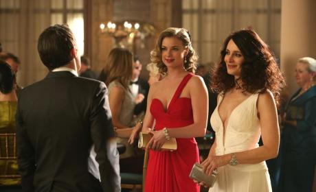 Which lady had the better dress on Revenge?
