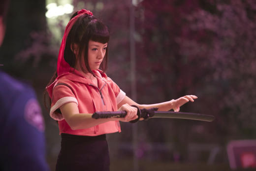 Kiki Sukezane as Miko Otomo - Heroes Reborn Season 1 Episode 3