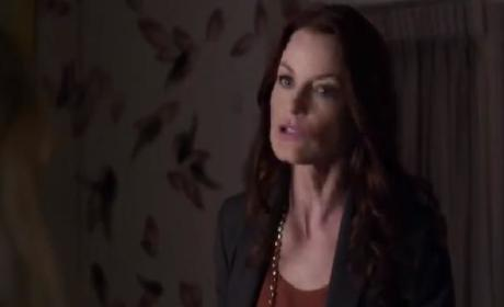 Pretty Little Liars Sneak Peeks: Same Old, Same Old