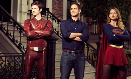 The Flash / Supergirl Crossover? It's Happening!