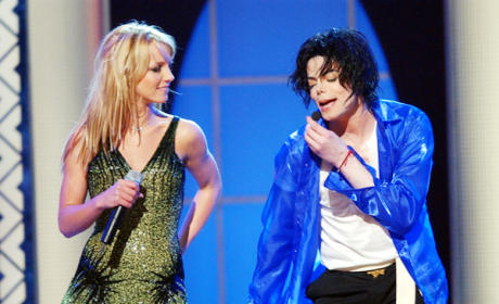 Creator of Glee Hints at Britney Spears, Michael Jackson Episodes