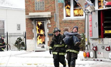 Fire Rescue - Chicago Fire Season 4 Episode 14