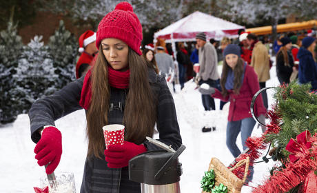Aiming at Elena - The Vampire Diaries Season 6 Episode 10