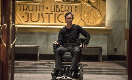 Harrison Wells - The Flash Season 1 Episode 2