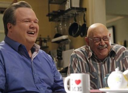 Watch Modern Family Season 3 Episode 20 Online
