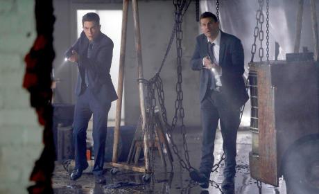 Booth and Aubrey Find a Body - Bones Season 10 Episode 13