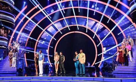 Former Contestants Return - Dancing With the Stars Season 19 Episode 14