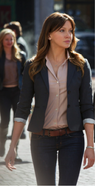 Katie Cassidy as Laurel Photo