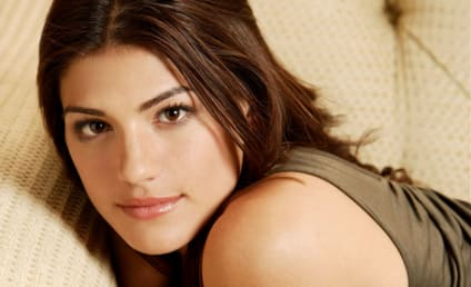 Genevieve Cortese to Portray Tracy Stark on FlashForward