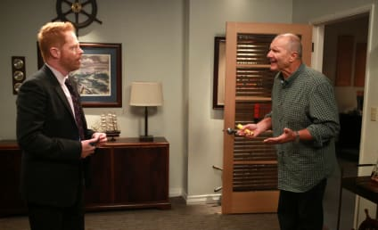 Modern Family Season 7 Episode 3 Review: The Closet Case