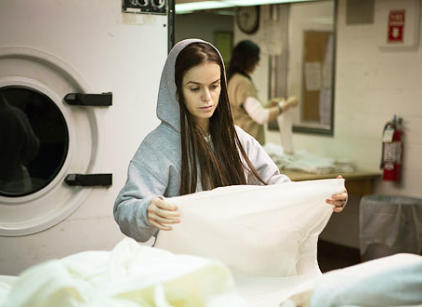 Watch Orange is the New Black Season 1 Episode 12 Online