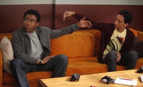 Community Season 4 Sets (New) Premiere Date
