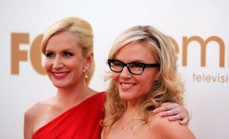 Angela Kinsey and Rachael Harris to Star in Fox Pilot