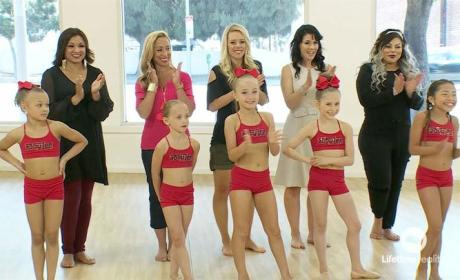 Watch Dance Moms Online: Season 6 Episode 25